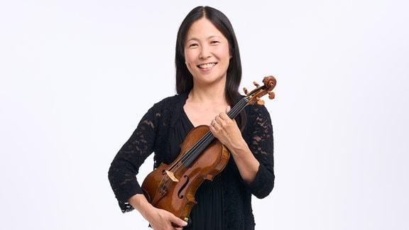 Tanabe, Yuka, Mitglied im MDR-Sinfonieorchester