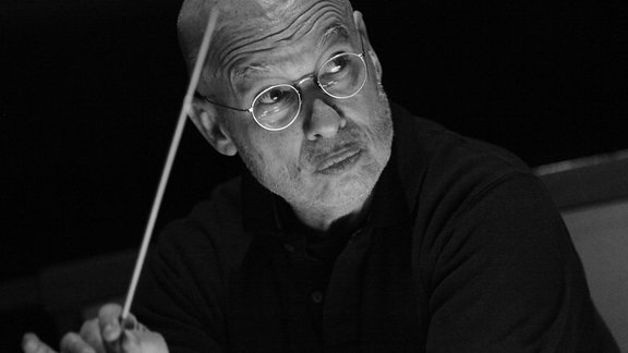 Dennis Russel Davies (Dirigent)