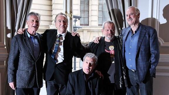 Die Komikertruppe Monty Python (2013)