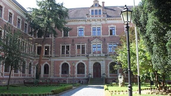 Hof des Augustin Gymnasiums