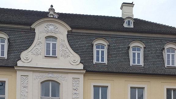 Anlieferung großer Teile des Wagner-Reliefs auf dem KULTUR-GUT Ermlitz