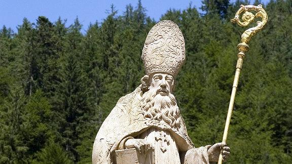 Steinfigur des Heiligen St. Blasius in St. Blasien
