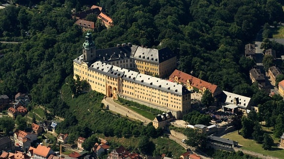 Luftbild der Heidecksburg in Rudolstadt, 2013