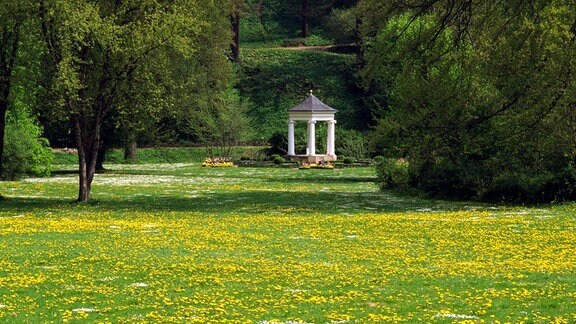 Musentempel im Schlosspark Tiefurt in Weimar