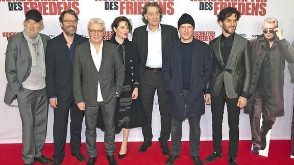 Michael Gwisdek, Robert Thalheim, Henry Hübchen, Antje Traue, Robert Glatzeder, Florian Panzner und Vladimir Korneev