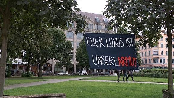 Demo gegen Luxussanierungen