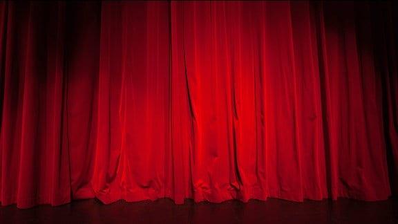 Ein roter Bühnenvorhang