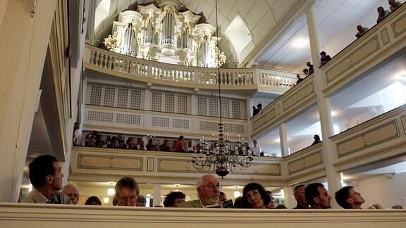 Konzert in der Bachkirche in Arnstadt.