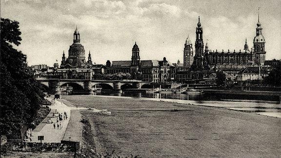 Dresden, Stadtansicht vor der Zerstörung angloamerikanischer Bomber 1945