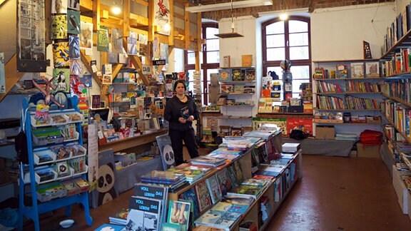 Susann Thiel im Kinderbuchladen Serifee