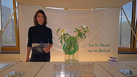 Ausstellungsobjekt der Burg Jahresausstellung 2019, Kunsthochschule Burg Giebichenstein, Louis Möckel, marienkäferlarven,ökologie