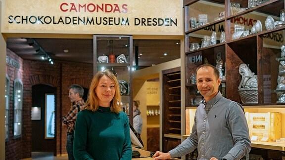 CAMONDAS Schokoladenmuseum Dresden, Ines Seifert (Museumsleiterin) und Ivo Schaffer (Geschäftsführer CAMONDAS)