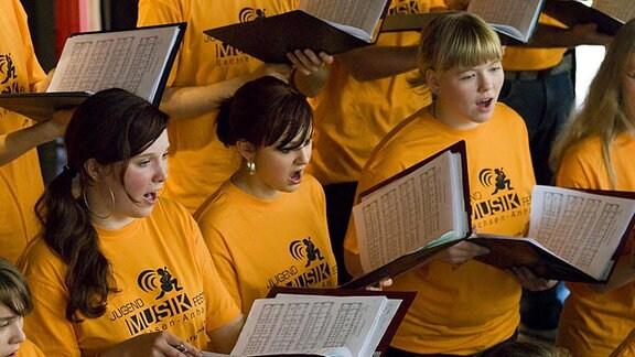 Chor beim Jugendmusikfest Sachsen-Anhalt.