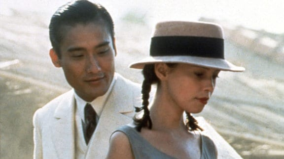 Tony Leung Ka Fai und Jane March in Der Liebhaber