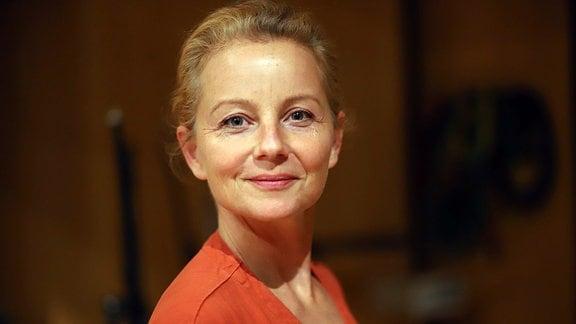 """Carina Wiese, Aufgenommen bei der Produktion des Hörspiels """"Die Entgiftung des Mannes"""" im MDR-Studio Halle, Regie: Stefan Kanis"""