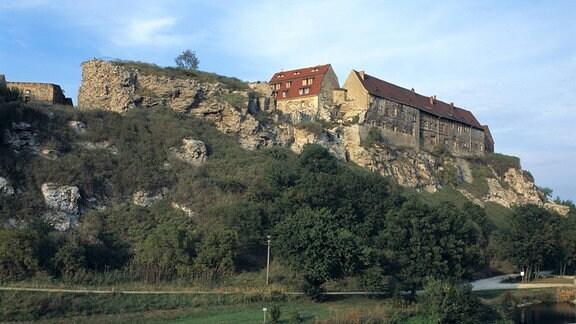 Burg Wendelstein über dem Tal der Unstrut bei Memleben-Wendelstein in Sachsen-Anhalt.