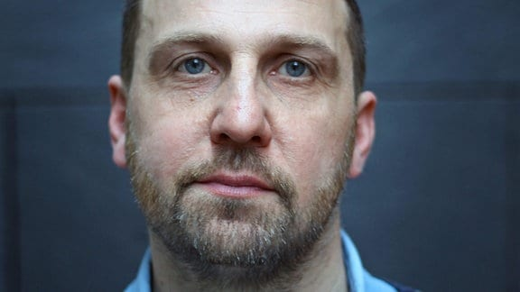 Portrait Eike Goreczka, Geschäftsführer 42film, Produktionsfirma Halle