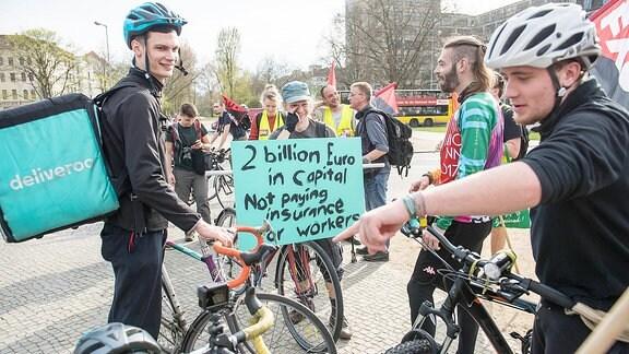 Fahrradkuriere protestieren