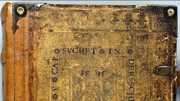 Einband der 1534er Bibel von Felicitas von Selmenitz