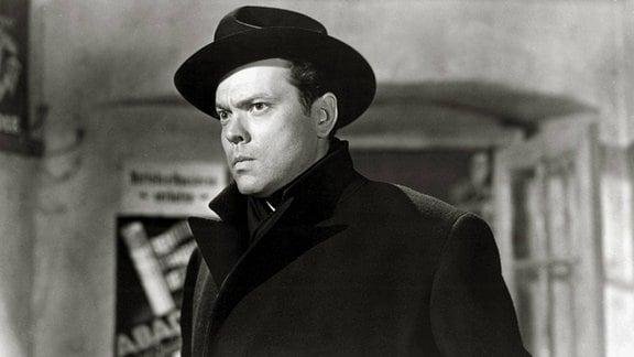 "Orson Wells (als Harry Lime) im Filmklassiker ""Der dritte Mann"" (GB 1949)"
