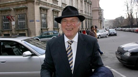 Der ungarische Schriftsteller und Literaturnobelpreistträger Imre Kertész.