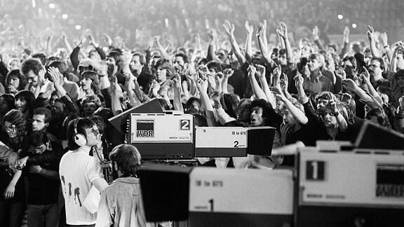 Zuschauer und Fernsehkameras in der Grugahalle, 1978