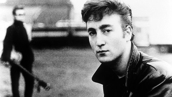 John Lennon mit Stuart Sutcliffe, 1960