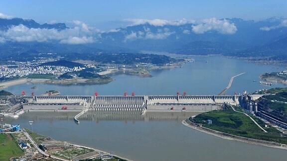 Drei-Schluchten-Talsperre China, 2011