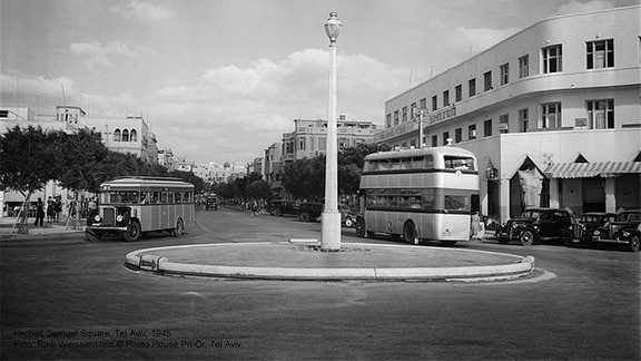 Herbert Samuel Square, Tel Aviv, 1945