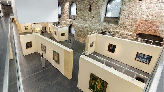 Blick in die Ausstellung ''Wege der Moderne. Kunst in Deutschland 1900–1945''.