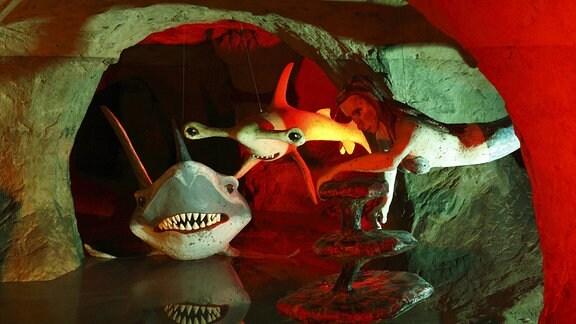 Figuren in der Märchenhöhle in Walldorf