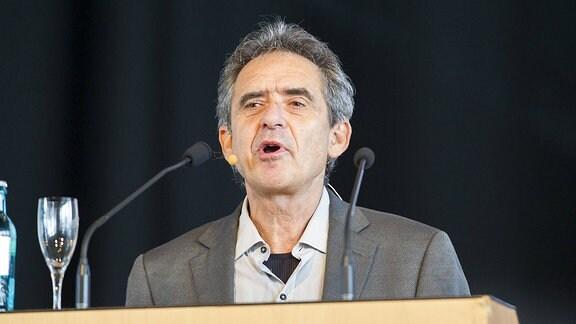Manfred Kriener