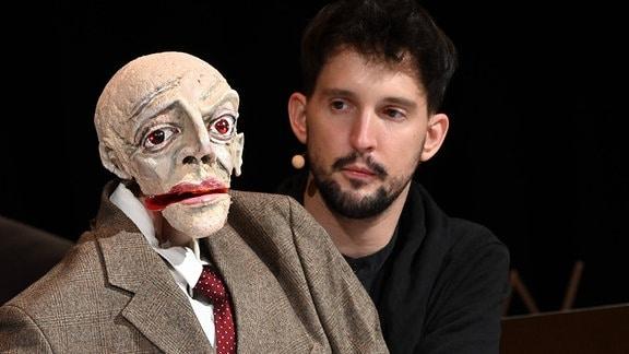 Regisseurs, Puppenspielers und Kunstpfeifers Nikolaus Habjan