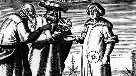 Zeitgenössischer Kupferstich zeigt den Astronomen und Mathematiker Nikolaus Kopernikus im Gespräch mit dem griechischen Philosophen Aristoteles und dem griechischen Astronomen und Mathematiker Claudius Ptolemäus