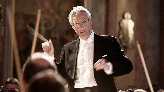 Oliver Weder, Chefdirigent der Thüringer Symphoniker Saalfeld-Rudolstadt