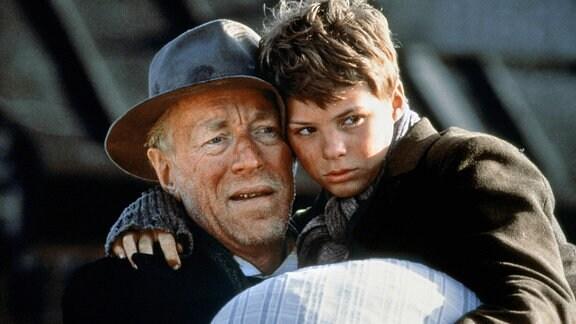 Max von Sydow und Pelle Hvenegaard in Pelle der Eroberer