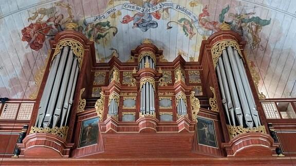 Die Arp-Schnitger-Barockorgel in der St. Pankratius-Kirche in Hamburg-Neuenfelde.