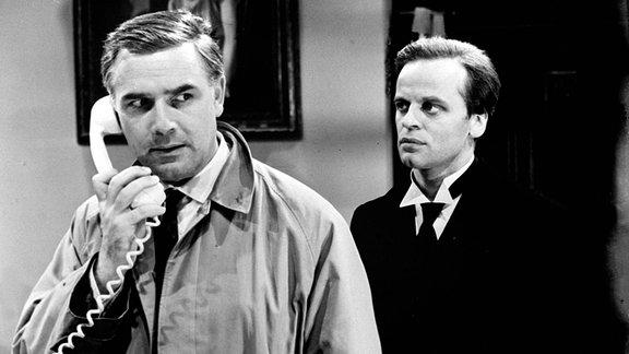 JOACHIM FUCHSBERGER (Dick Alford) und KLAUS KINSKI (Thomas)