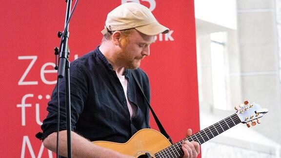 James Yorkston - schottischer Singer-Songwriter beim Rudolstadt-Festival 2017