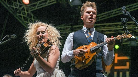 Curly Strings (EST) mit den Thüringer Symphonikern Saalfeld-Rudolstadt auf der Großen Bühne auf der Heidecksburg beim Rudolstadt Festival 2018