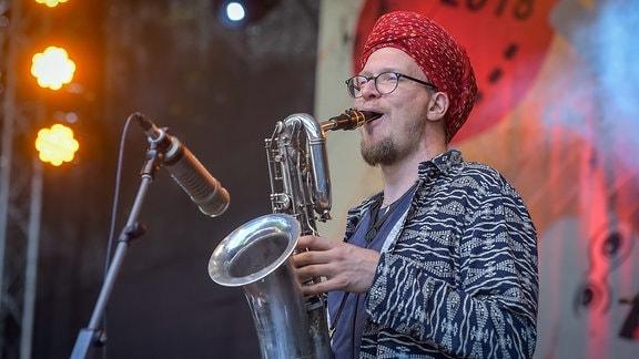 Bombillaz Heinepark Saxxophonist