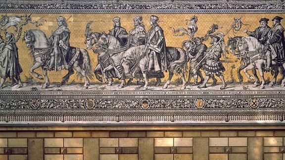 Fürstenzug am Dresdner Schloss, hier in der Mitte: Ernst (Regierungszeit 1464–1486), Friedrich der Sanftmütige (Regierungszeit 1428 – 1464) und Albrecht der Beherzte (Regierungszeit 1464-1500)