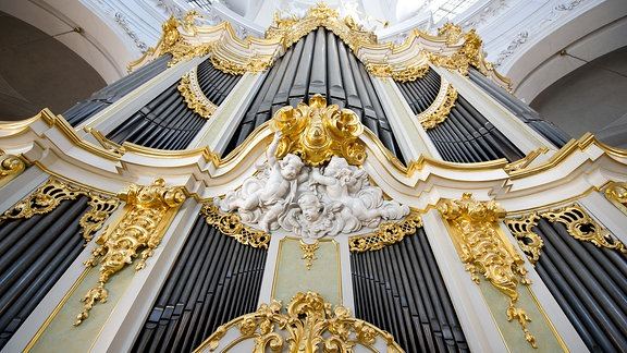 Die Silbermann-Orgel in der Kathedrale in Dresden.