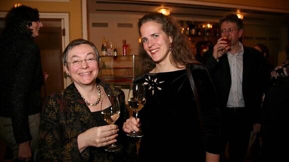 Silke Leopold und Nora Schmid