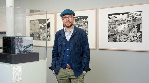 "Ausstellung ""Simon Schwartz: Geschichtsbilder – Comics & Graphic Novels"" im Angermuseum, Erfurt."