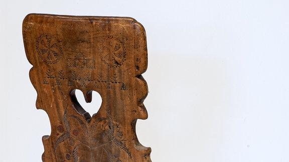 """""""Verborgene Schätze"""" aus dem Sorbischen Museum Bautzen: Hanso Nepilas Brettstuhl"""