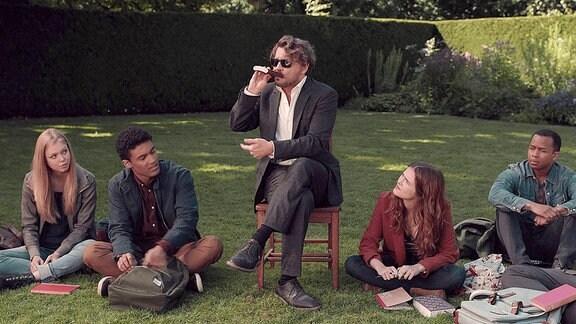 Johnny Depp in einer Szene aus The Professor