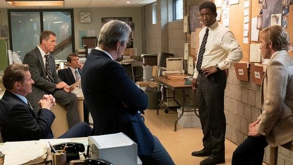 Männer in einem Büro