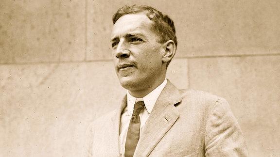 Der US-amerikanische Schriftsteller Upton Sinclair (1878-1968)