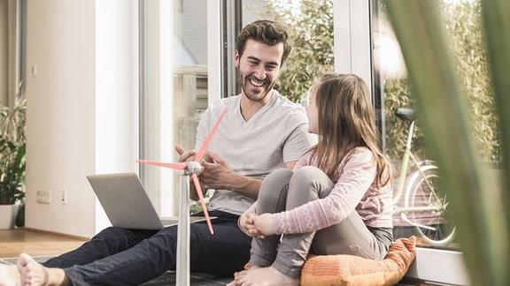 Nachhaltigkeit Zukunft - Vater und Tochter